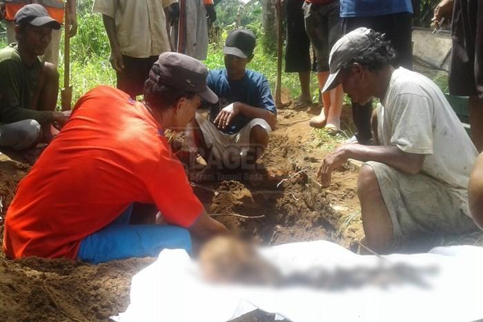 Pemindahan Makam Disetujui Warga dan Ahli Waris