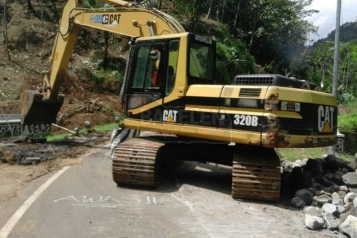 Perbaikan Jalan Berlubang Bruno Perlu Penanganan Khusus