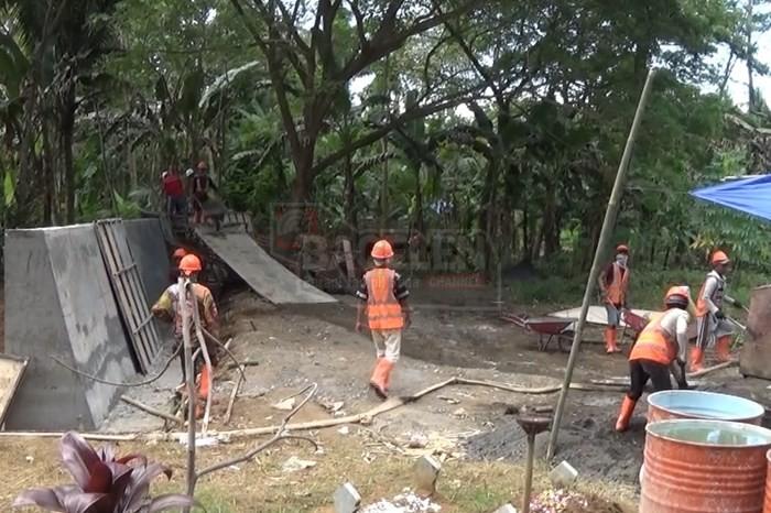Proyek Parapet Bogowonto Ditarget Agustus 2018 Selesai