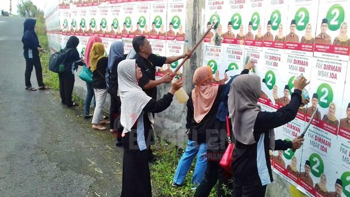 Langgar Aturan Ribuan Alat Peraga Kampanye Dibersihkan