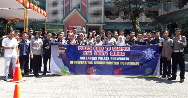 Satlantas Polres Purworejo Goes to Campus di UMP