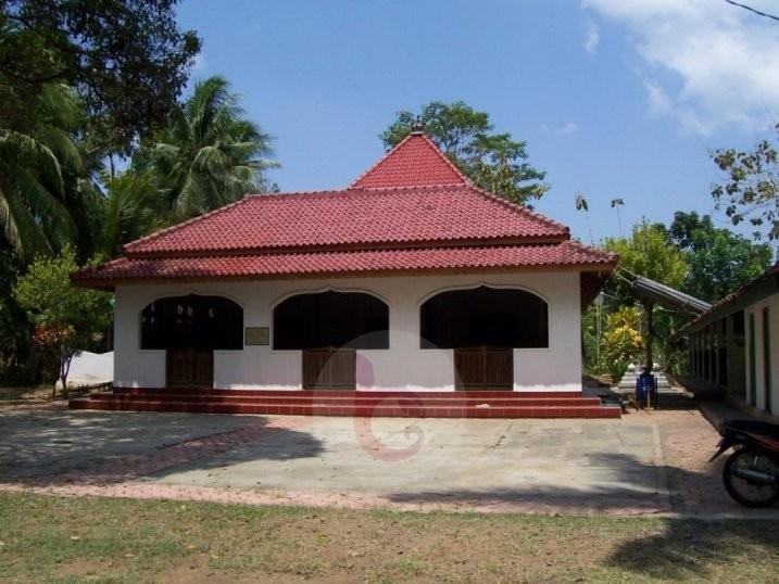 Masjid Kuno Santren Bagelen Hadiah Sultan Agung Mataram
