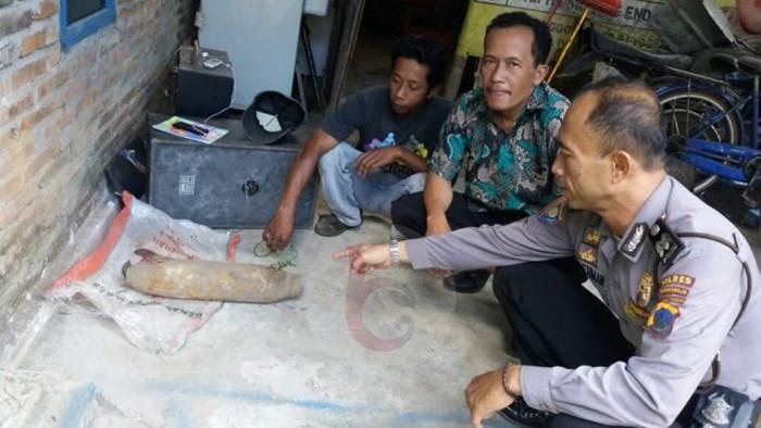 Heboh Tukang Rongsok Temukan Mortir di Sawah Daerah Bagelen