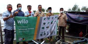 CV WILO PUMPS INDONESIA Berikan Bantuan 2 Unit Mesin Pompa Air Laut Untuk Petani Tambak Undang Vaname